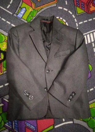 Пиджак на торжество на рост 92-98
