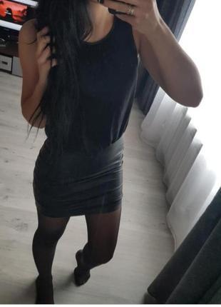 Платье с кожаной юбкой zara