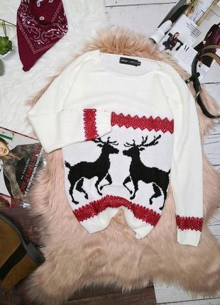 Новогодний молочный свитер с оленями