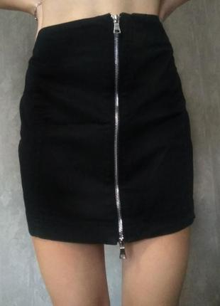 Чёрная юбка atmosphere