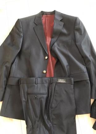Шерстяной итальянский костюм franco riviero