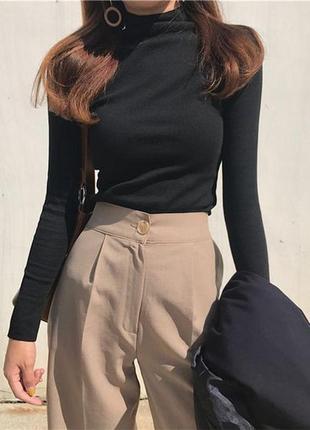 Плотные крутые брюки от бренда!