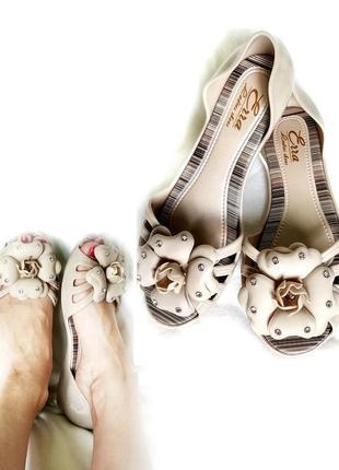 Балетки босоножки силиконовые летние сандалии светло бежевые