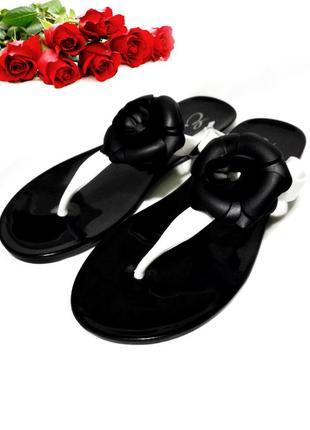 Вьетнамки черно белые шлепанцы сланцы пляжные 24см