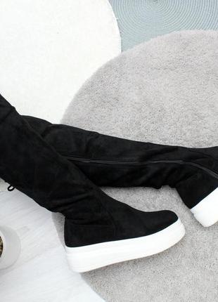 Череные замшевые сапожки