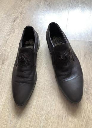 Кожаные брендовые туфли vitto rossi размер 42 в идеале