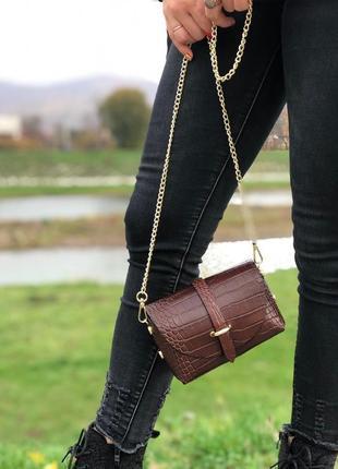Малнькая кожаная сумочка италия
