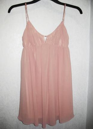 Платье пудровое брэнда femme коктейльное короткое