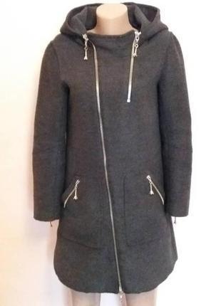 Тёплое шерстяное пальто fendi италия р.s m