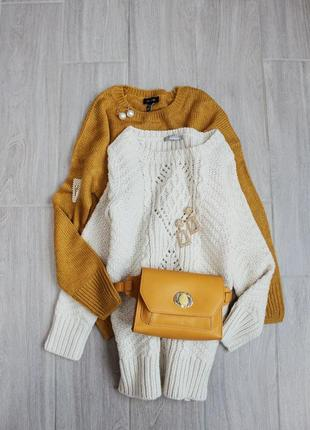 Шерстяной свитер молочного цвета