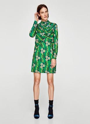 Классное платье в цветы от zara