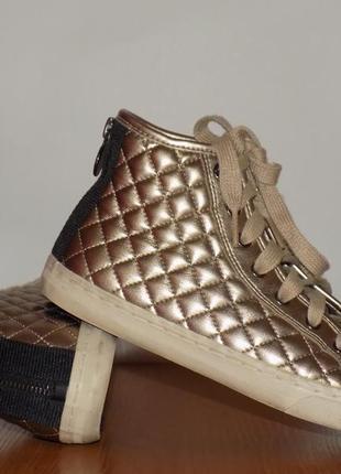 Стильные молодежные женские ботинки от geox 37 р