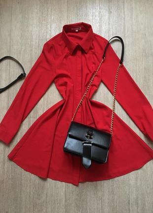 Красивое платье -рубашка красного цвета ткань плотная