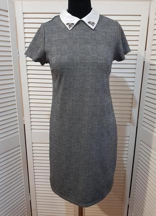 Стильное платье в клетку pimkie