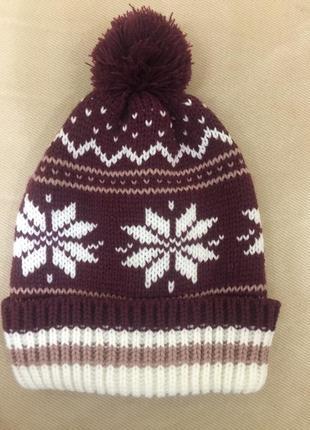 Зимняя шапка terranova