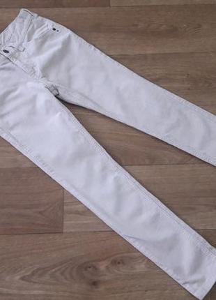 Вельветовый, стретчевые брюки на р. 140 см., marks&spencer