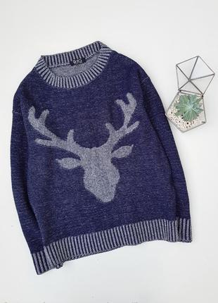 Синий вязаный свитер с оленем
