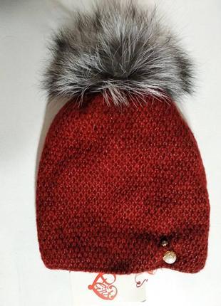 Женская мохеровая бордовая шапка на флисе с натуральным меховым помпоном из чернобурки