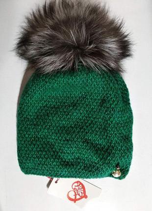 Женская мохеровая зеленая шапка на флисе с натуральным меховым помпоном из чернобурки