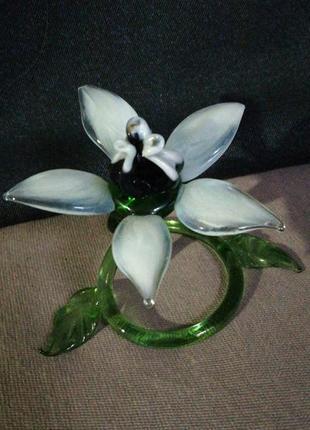 Фигурка цветок стекло
