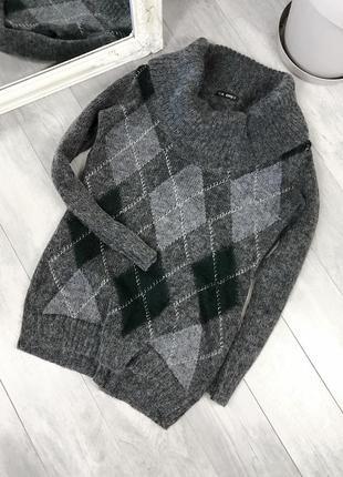 Теплый свитер gil bret