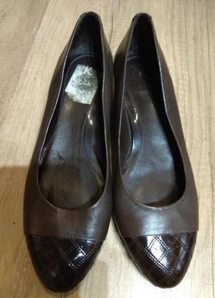 Шкіряні туфельки 41 розмір