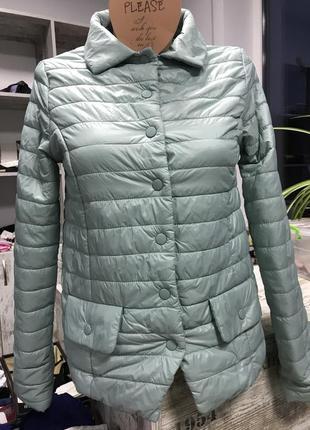 Куртка зелена