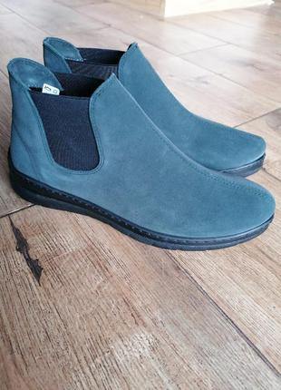 Крутые ботинки осенние челси. замша. inblu