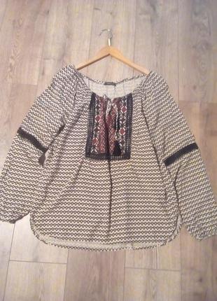Блуза в стилі бохо