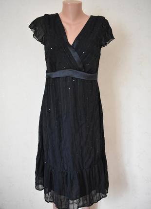 Новое нарядное платье с паетками