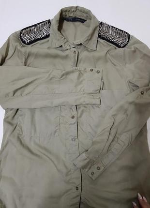 Стильна рубашка хакі вільного крою від zara