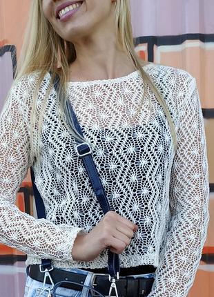 Красивый легкий свитер xs-s