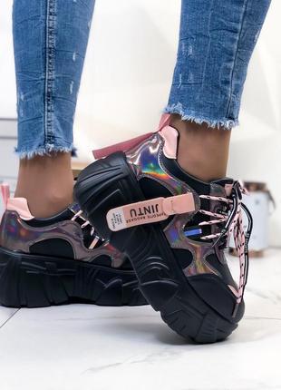 Кроссовки черные на платформе из экокожи