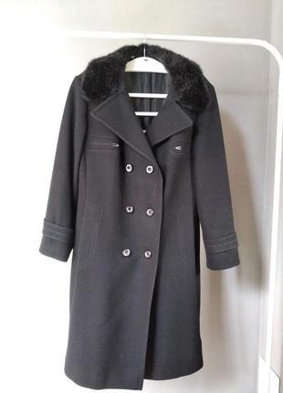 Очень елегантное пальто из натуральной шерсти canda moda international