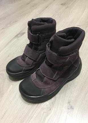 Зимние ботинки для девочки от ecco 32