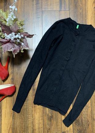 Шерстяной свитер /джемпер на пуговках