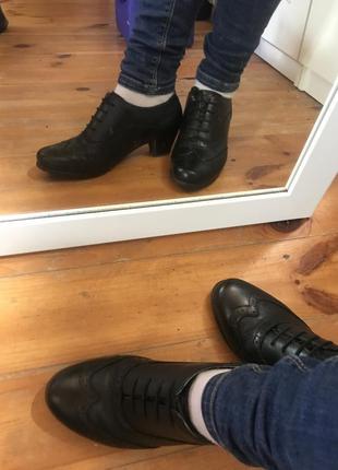 Осенние аккуратные туфли