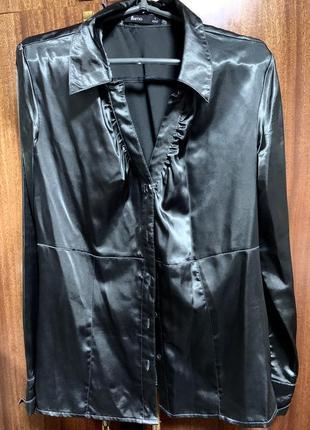 Чёрная блуза шёлк