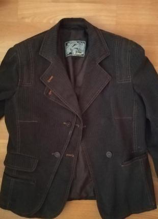 Курточка котоновая 38 размер