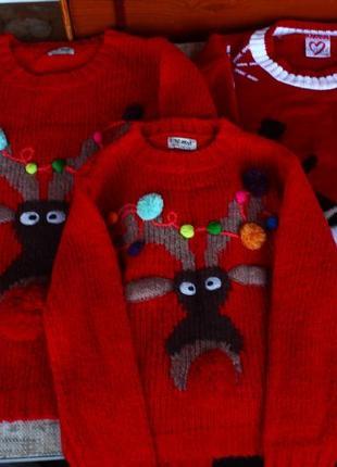 Новые, новогодние, кофты, красные, олени, оленіі, новорічні, червоні