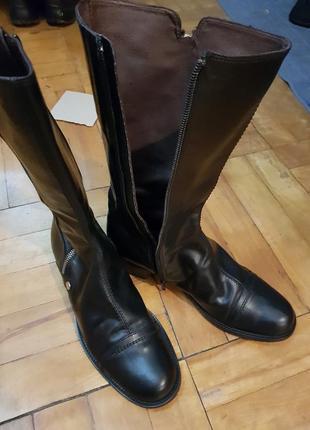 Фирменные кожаные сапоги