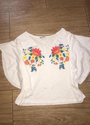 Блуза вышиванка zara