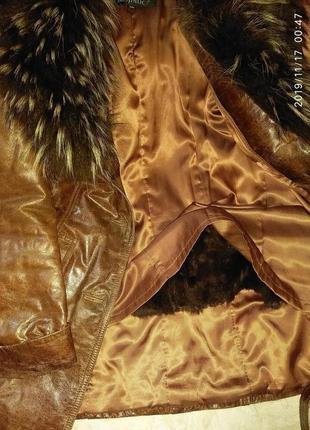 Кожаная куртка с натуральным мехом чернобурки. размер 4 xl