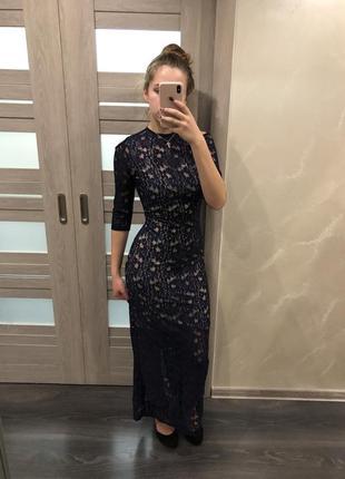 Стильное кружевное вечернее платье