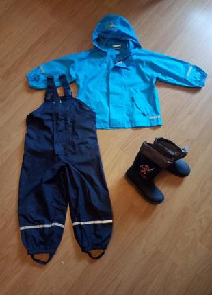 Пакет вещей для мальчика от дождя, р.98/104. резиновые сапоги р.29.