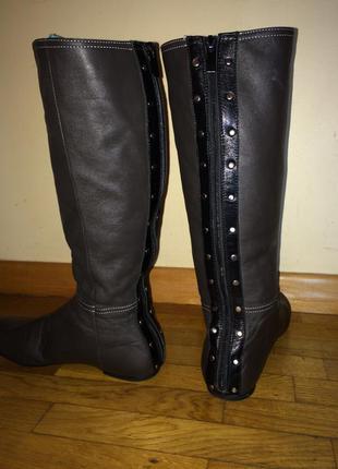 Серые кожаные сапоги со змейкой сзади 39-40