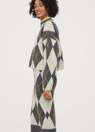 Обалденный теплый костюм в ромбы шотландский принт h&m