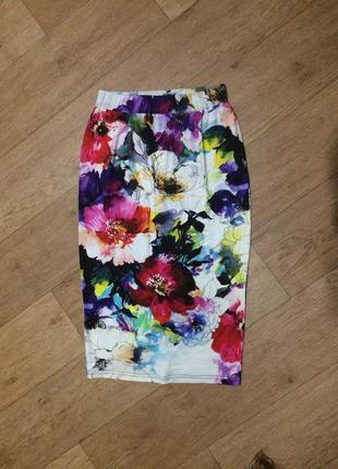 Трикотажная юбка в цветочный принт/цветы