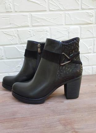 Женские черные ботинки на невысоком каблуке,  ботильоны