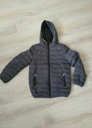 Куртка осень весна 9-10 лет